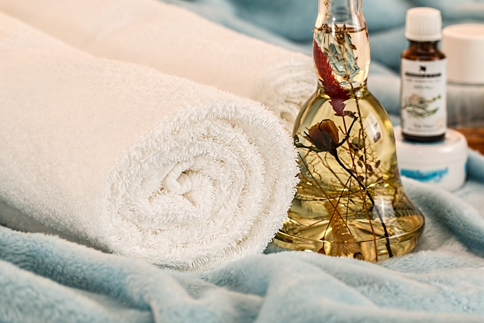 Head To Toe DIY Spa Treatments To Do At Home
