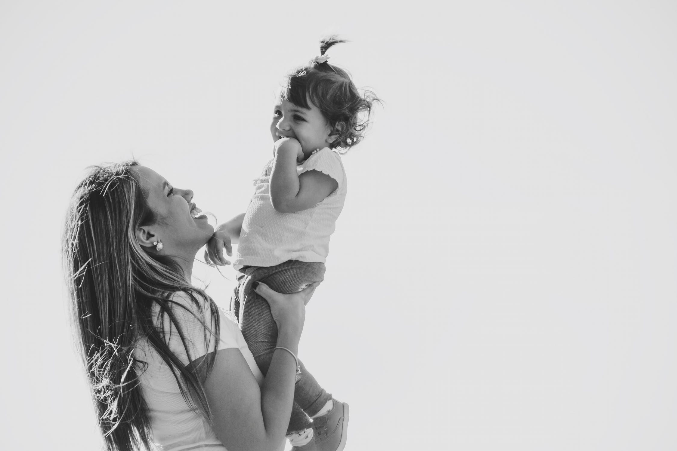 5 Best Gifts for New Mothers
