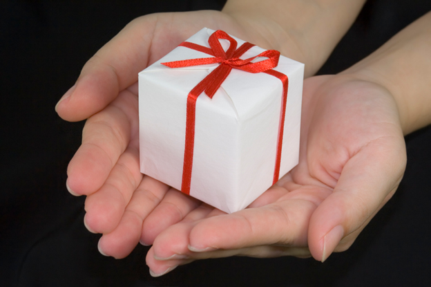 Gifts for Sisters: Reasons for gifting your sister