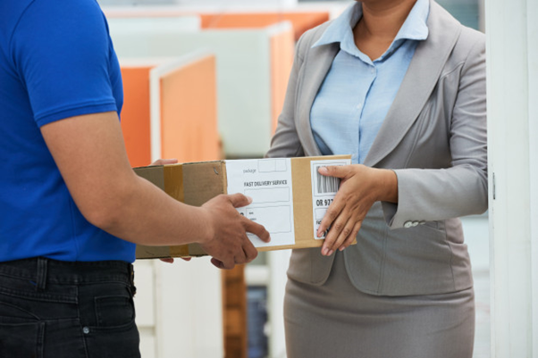 How do you choose the right courier service for your business?