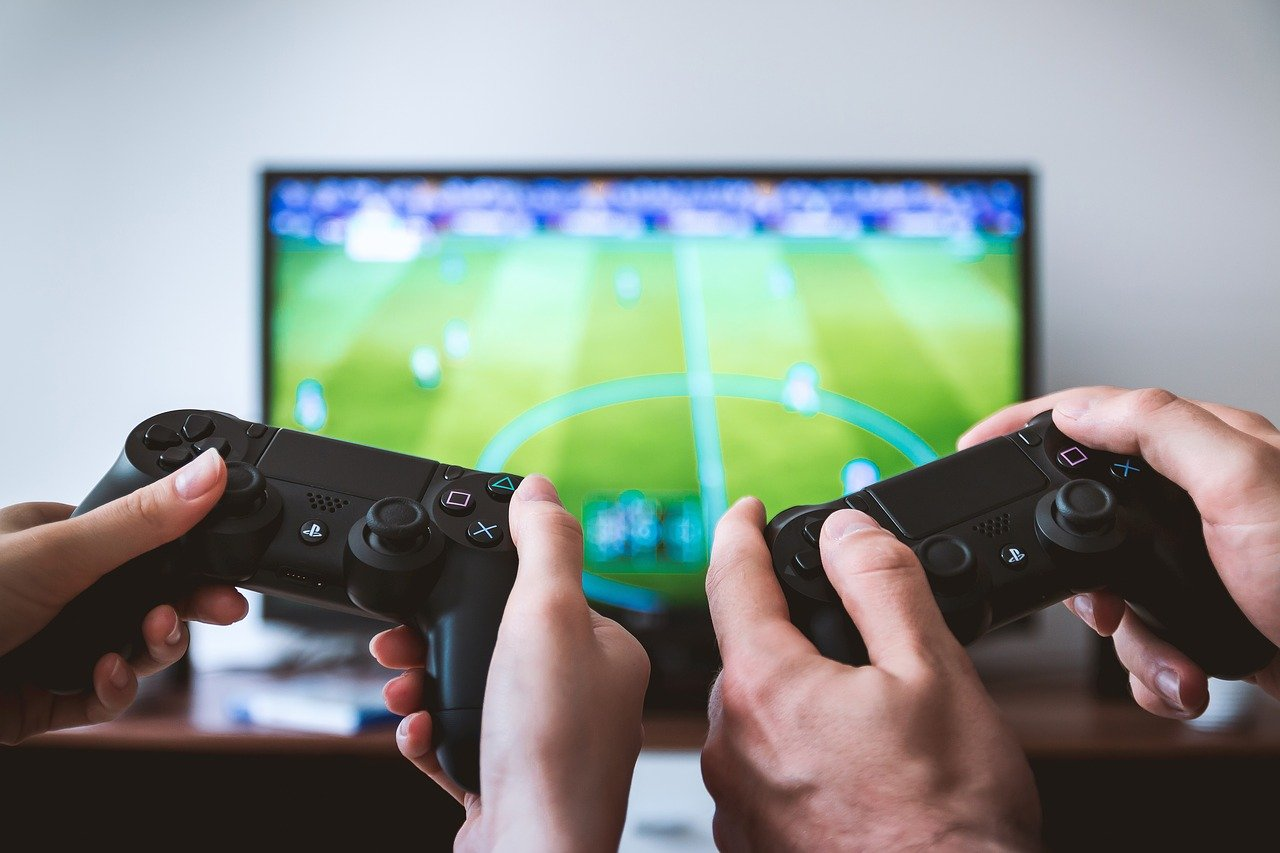 8 Great Gifts for Game Lovers