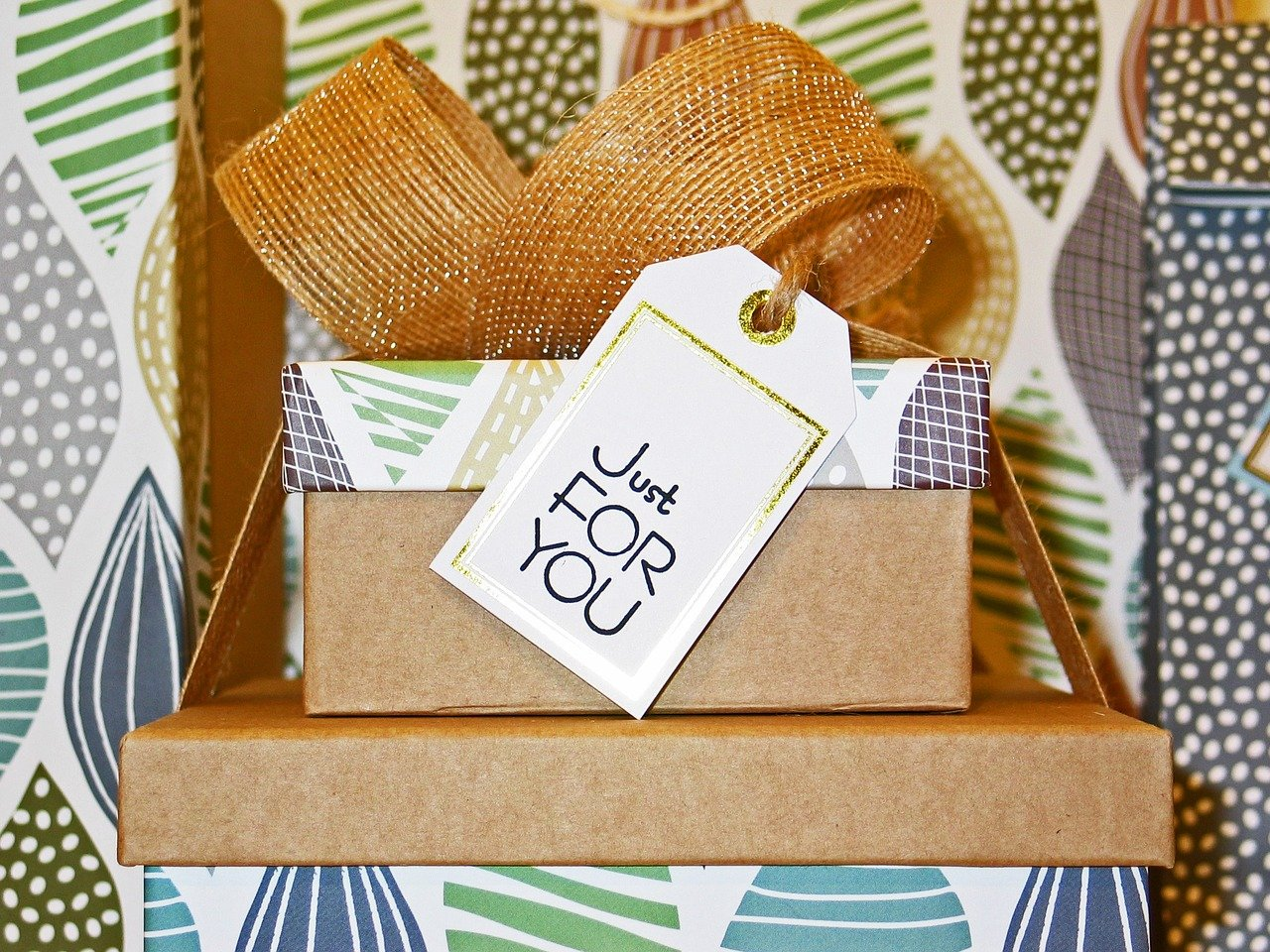 4 great birthday gifts to send in paper mailing bags